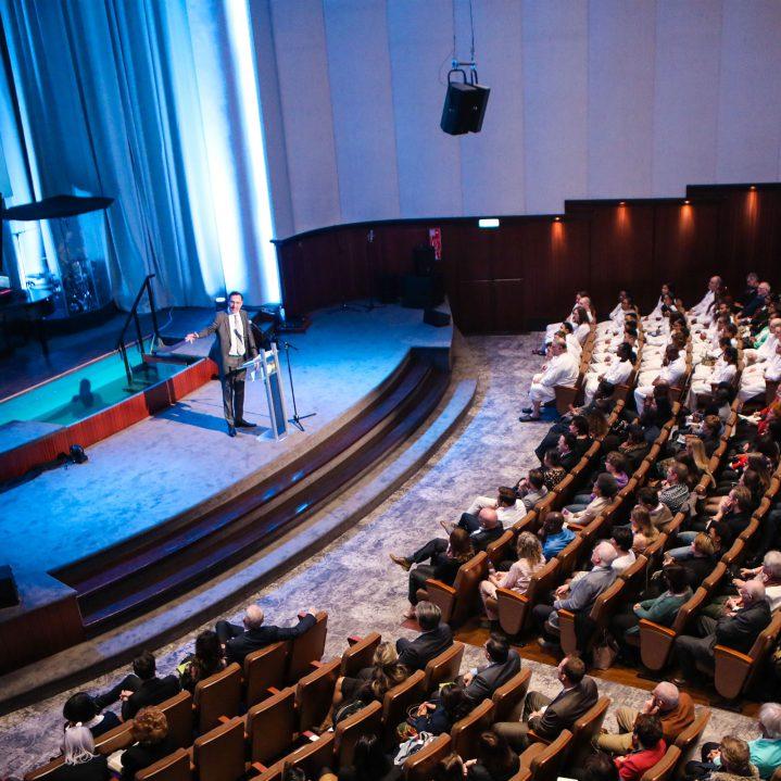 Boodschap - Waarom zou ik naar de kerk gaan