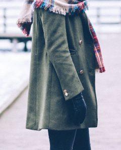 Boodschap - De oude versleten opgelapte jas